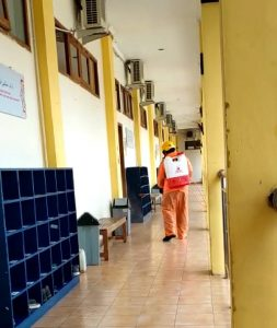 SMA Islam Favorit Solo Raya Basarnas Surakarta Disinfektan Virus Corona
