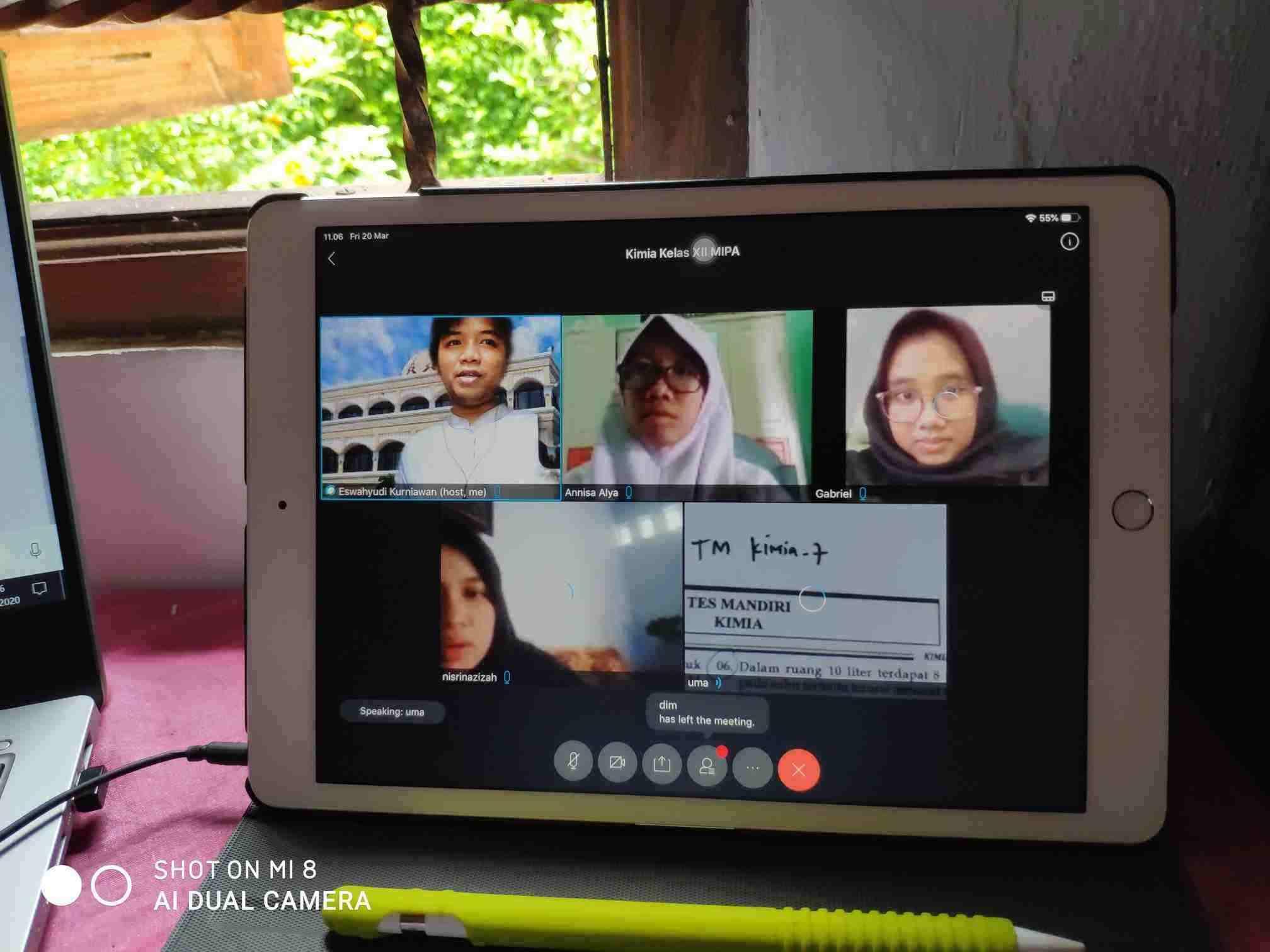 SMA Islam Favorit Solo Raya Terapkan Pembelajaran Online